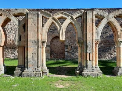 SORIA GUIADA: Visita Guiada-Claustros románicos de Soria